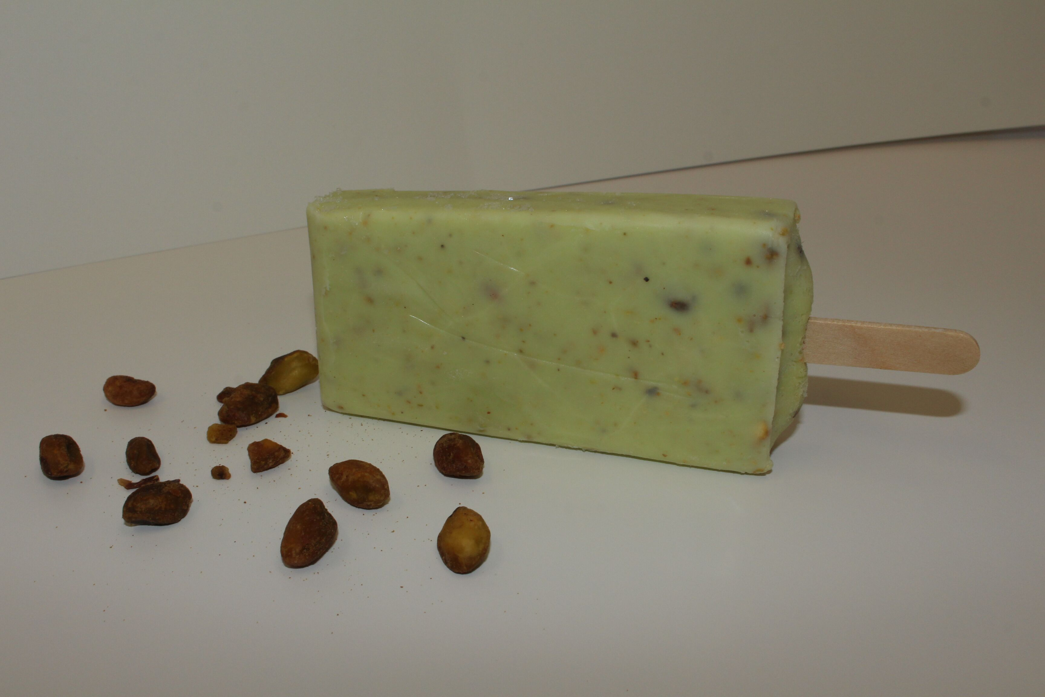 Pistachio Cream-Based Pop Bar